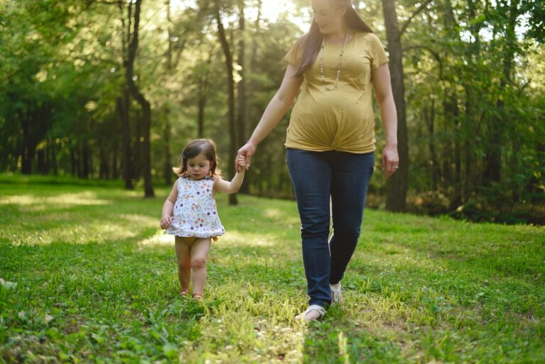 Read more about the article Best Maternity Jeans of 2021