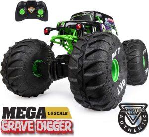Monster Jam 1: 6 Scale Official Mega Grave Digger